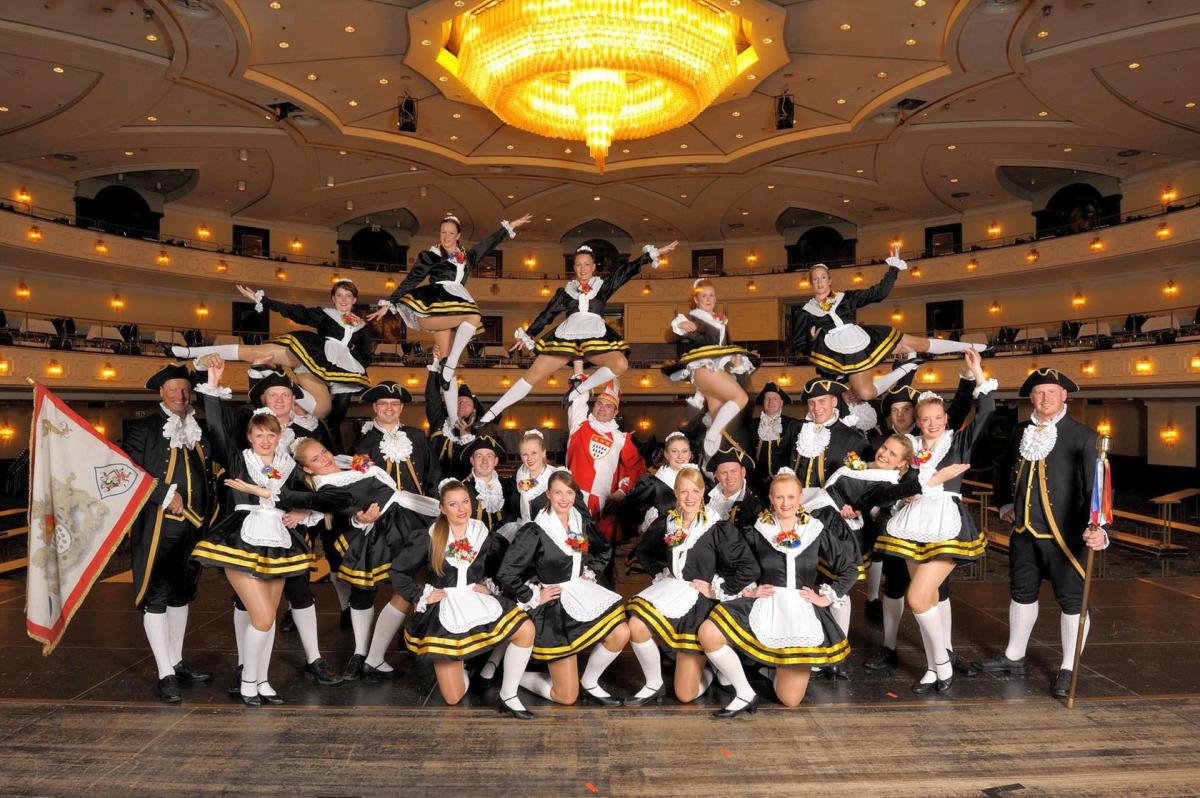 Tanzgruppe Hillije